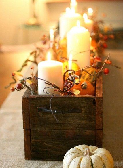 Композиция со свечами и тыквами