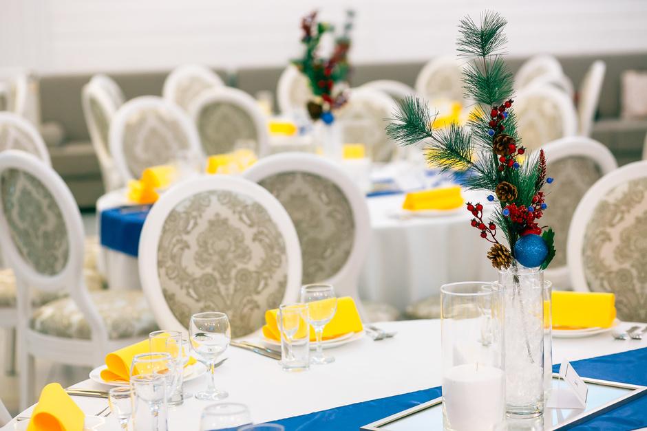 Выбор ресторана для встречи Нового года