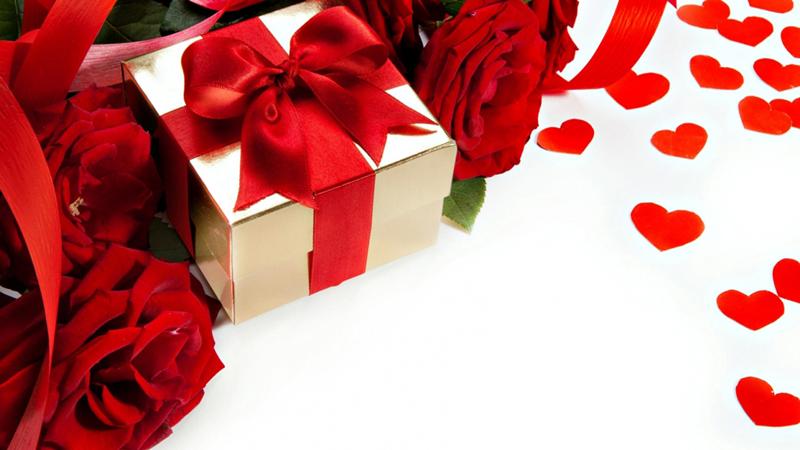 Упаковать подарок своими руками