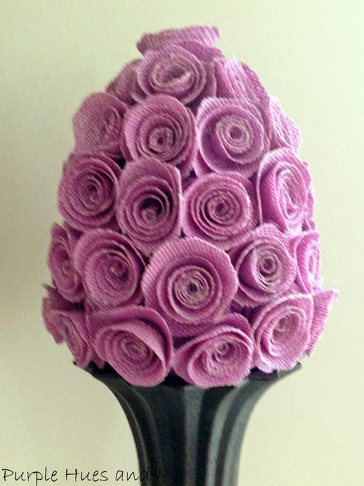 Яйцо из роз для украшения интерьера