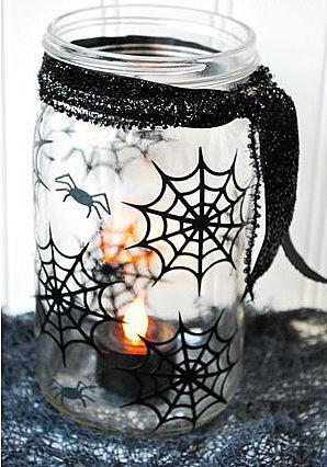 Подсвечники с паутиной на Хэллоуин