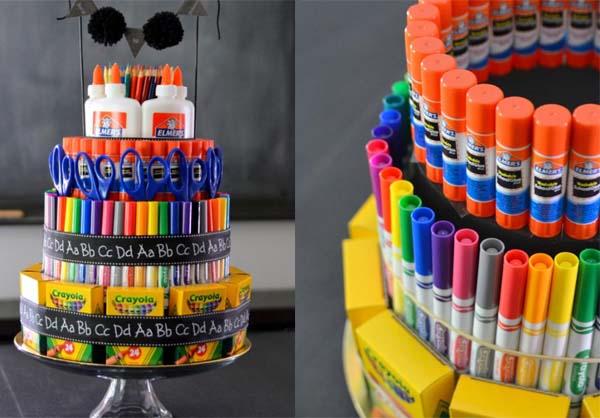 Подарок учителю в виде торта из канцтоваров