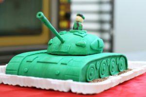 Торт в виде танка своими руками