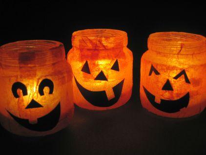 Подсвечники в виде тыкв на Хэллоуин