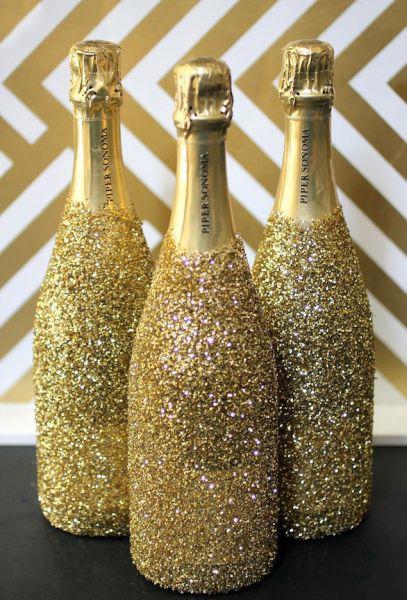 Декор бутылки блестками
