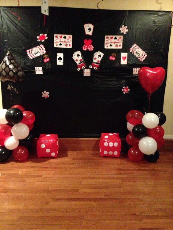 Фотозона для вечеринки в стиле казино