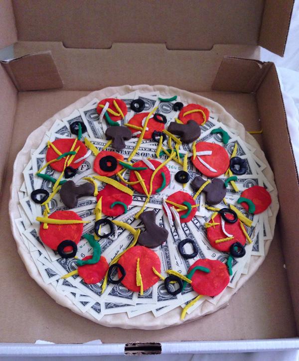 Пицц из денег