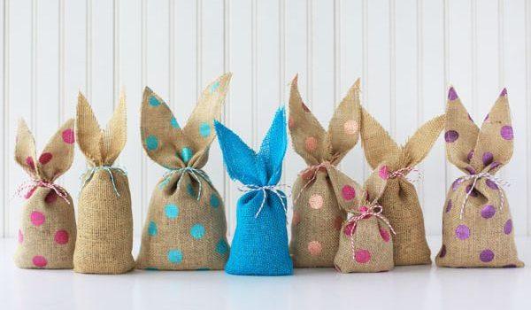 Пасхальные кролики – мешочки для подарков своими руками