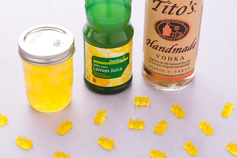 Желатиновые конфеты, пропитанные алкоголем