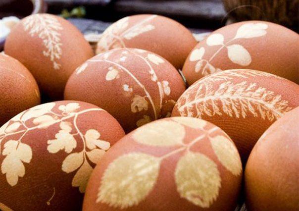 Как оригинально украсить пасхальные яйца