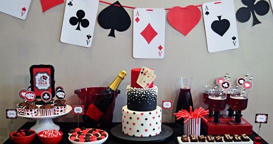 Оформление стола для вечеринки в стиле казино
