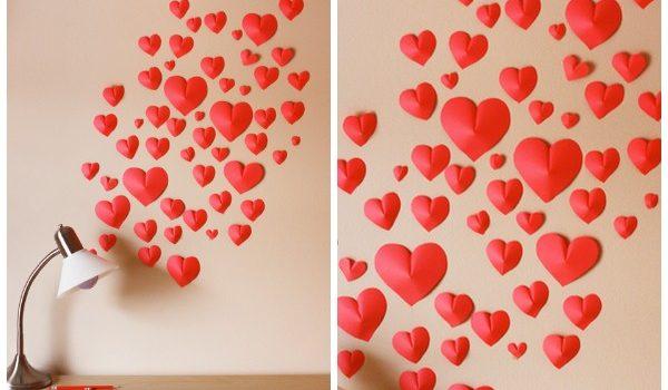 Украшаем стену бумажными сердцами ко Дню Святого Валентина