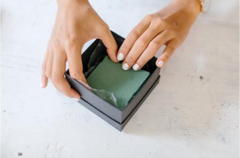 Флористическая губка для букета в коробке