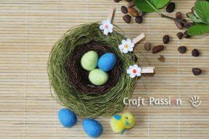 Яйца, валяные из шерсти
