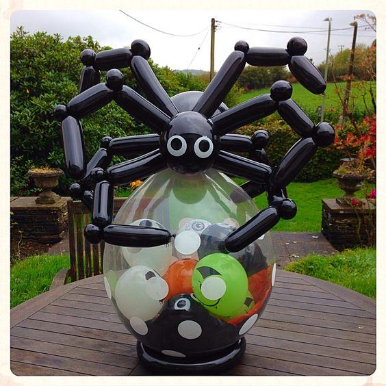 Огромный паук из шариков