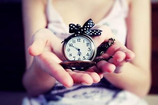 Как подарить часы