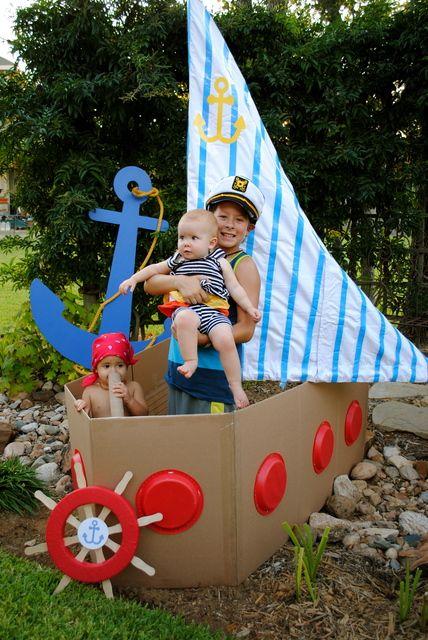Корабль из картона для детских игр