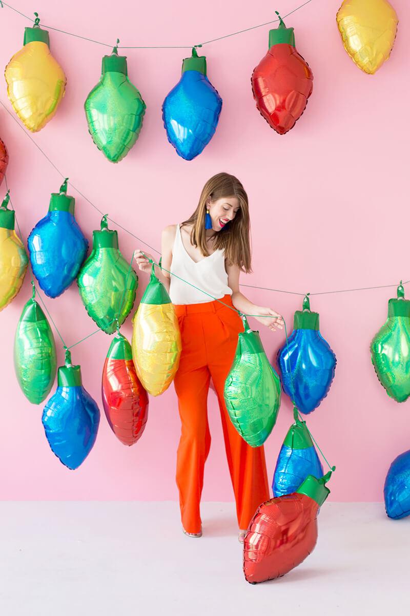 Фольгированные шарики в виде лампочек