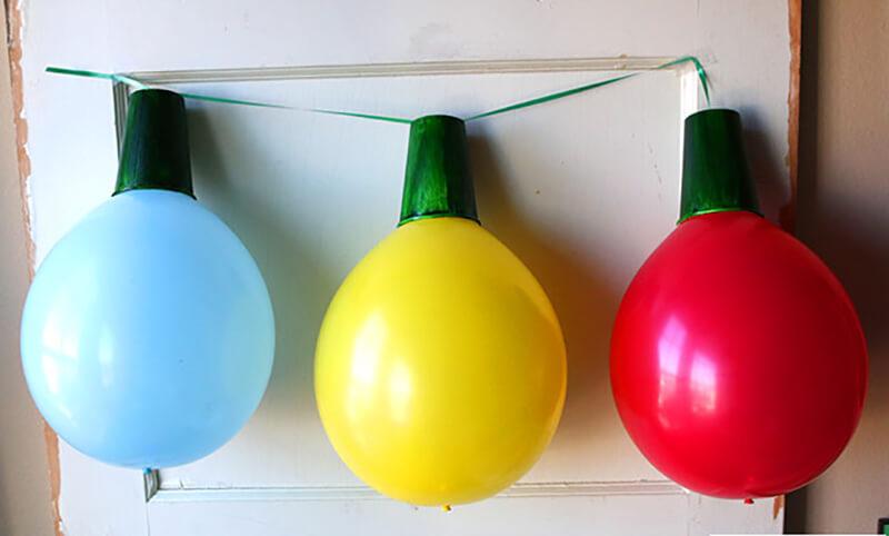 Лампочки для гирлянды из воздушных шариков