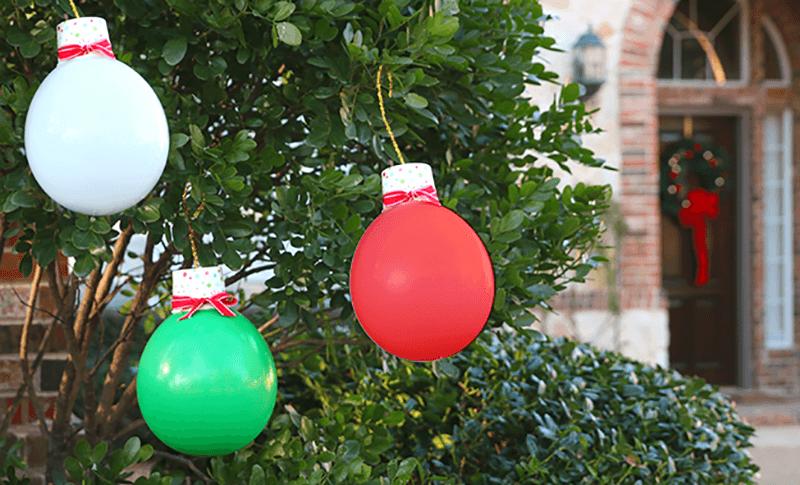 Елочные шары из воздушных шариков