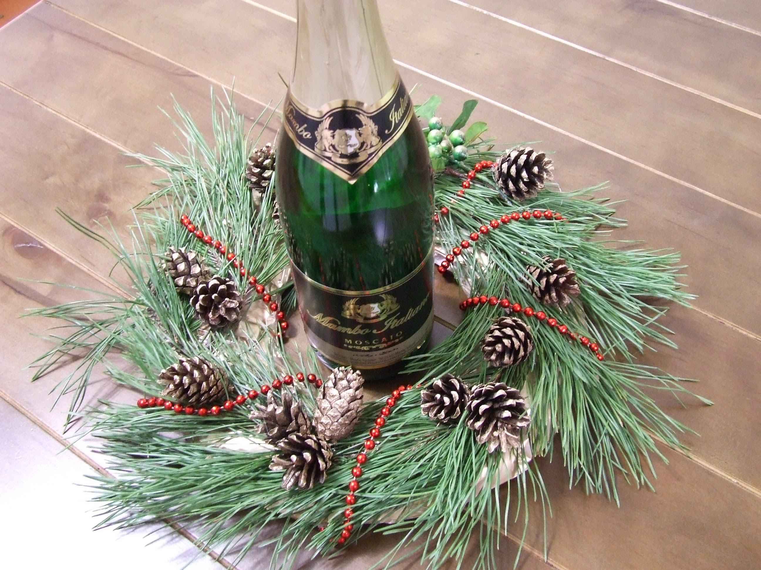 Новогодний декор из еловых веток