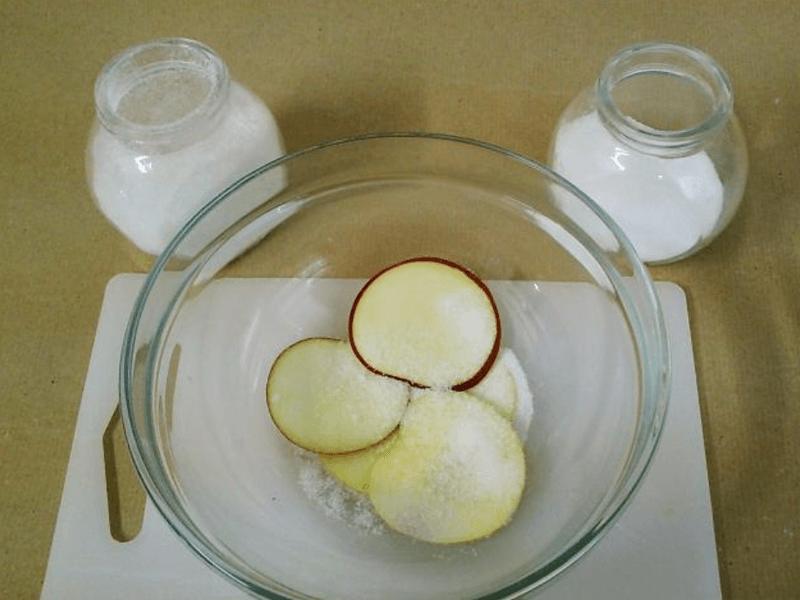 Как высушить дольки яблок для декора