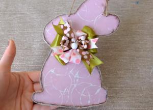 Пасхальный кролик для декора своими руками