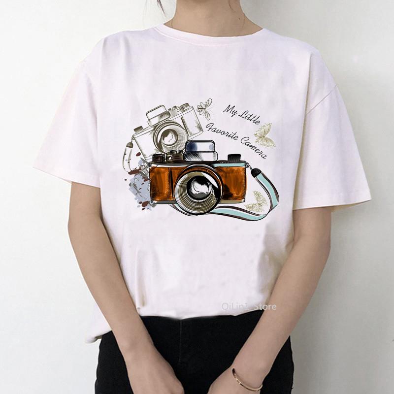 Женская футболка с фотоаппаратом
