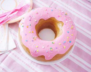 Торт в виде пончика