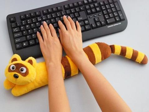 Подушка под клавиатуру