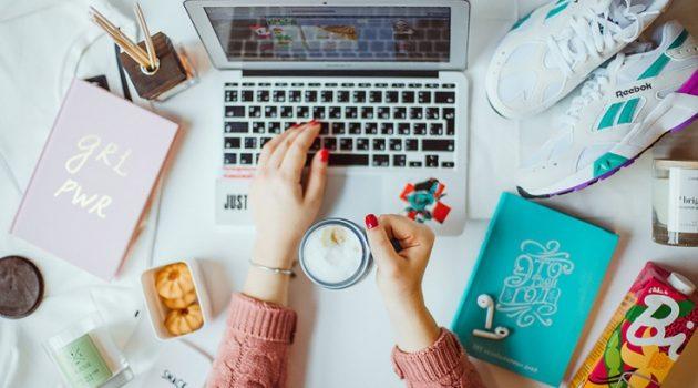 Что подарить блогеру?
